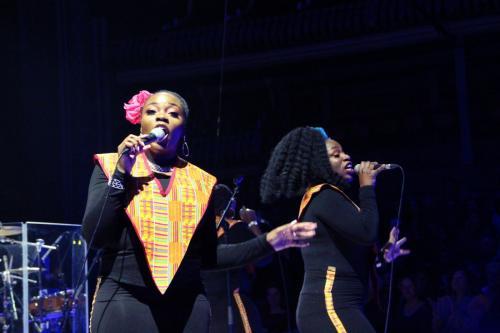 01_Harlem Gospel Choir (4)