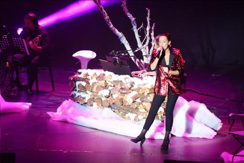 White-Christmas--Casino-Estoril-20201216-©-Luis-M-Serrao---Portugalinews-07